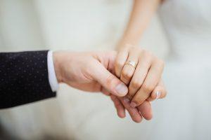 Những cách tiết kiệm tiền cho vợ chồng mới cưới ảnh 4
